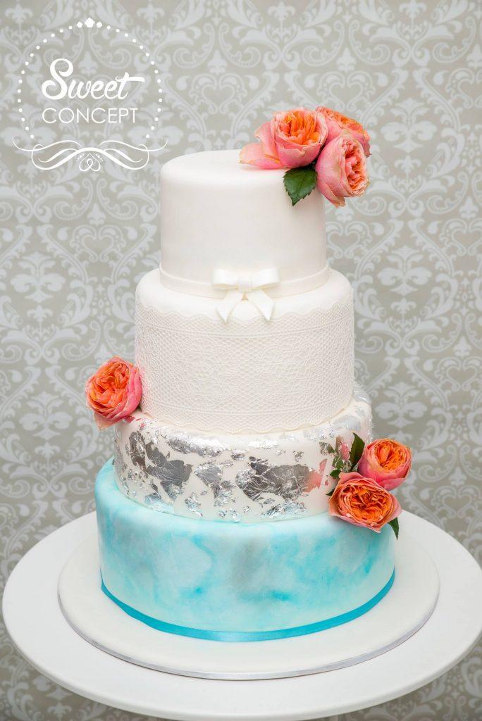tort de nunta tematic albastru